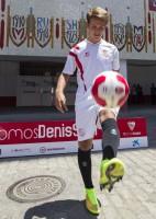 Denis Suárez ya es jugador sevillista. / Foto: Efe
