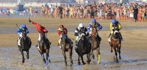 Carreras de caballos en Sanlúcar. Foto: Esteban Abión