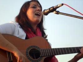 La cantante y guitarrista Lucía Sócam. Foto: El Correo