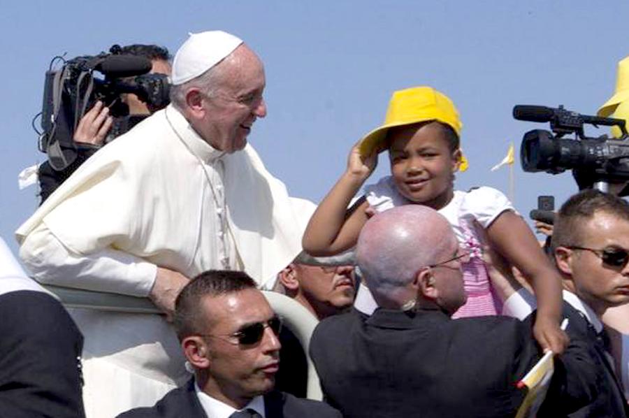 papa-francisco-lampedusa-roma-ap_claima20130708_0103_14