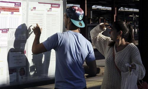 COMIENZA LA HUELGA CONVOCADA POR CCOO Y MINORITARIOS EN RENFE Y ADIF