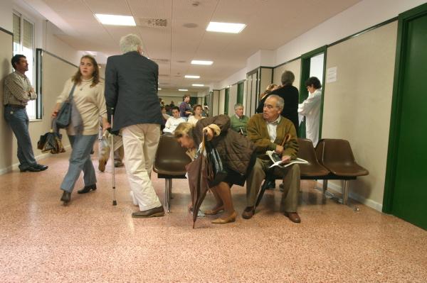 El centro de salud Esperanza Macarena, en María Auxiliadora, sale bien parado en las encuestas. / Pepo Herrera