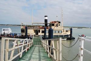 Embarcadero hasta el buque Real Fernando en Bajo de Guía. Foto: Laura López