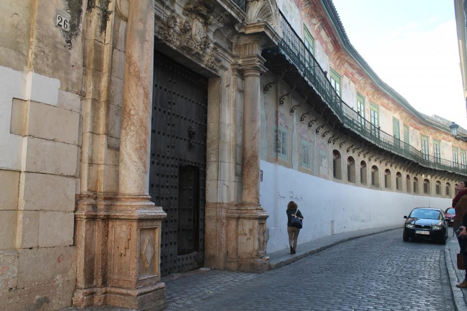 Fachada del Palacio de Peñaflor.