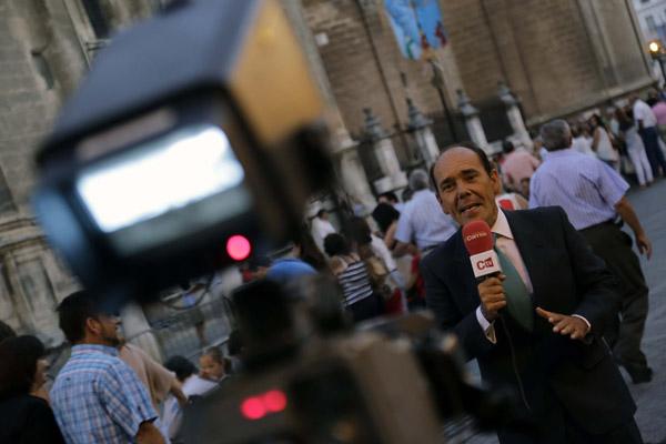 DESPLIEGUE DEL CORREO TV EN LA VIRGEN DE LOS REYES