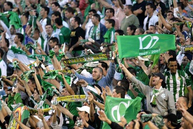 El próximo objetivo del Betis: sobrepasar los 30.000 socios / José Manuel Cabello