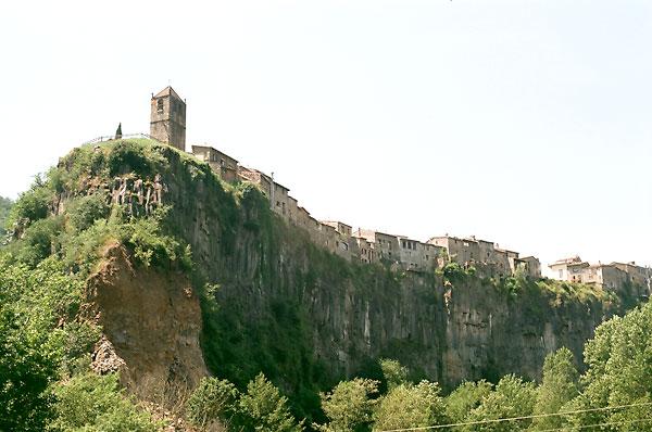 Castellfollit de la Roca. / Guillermo Rivas Pacheco (Flickr)