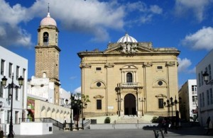 La Iglesia Mayor permanecerá abierta para su visita la noche del día 16 de agosto. Foto: EL Correo