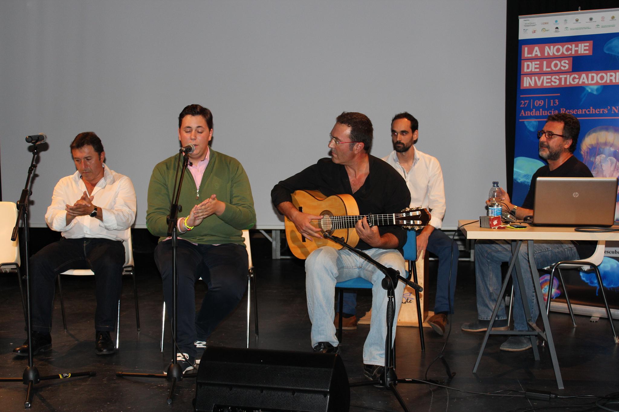 Taller en el que el profesor Díaz-Báñez aúna flamenco y matemáticas.