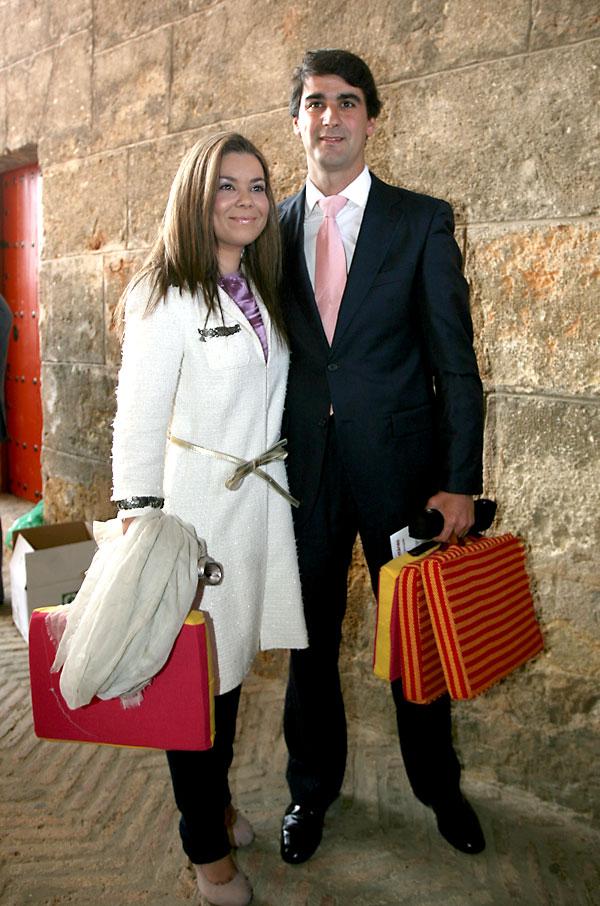 Jesulín de Ubrique con su mujer, María José Campanario. / José Manuel Cabello