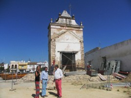 El alcalde, Ricardo Tarno, visitó las obras de la torre de Casagrande.