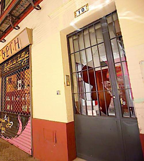 puerta Feria apuñalado