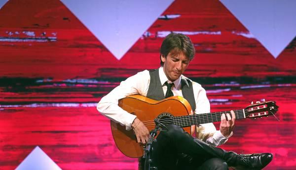 Manuel de la Luz peleó para desarrollar su repertorio en el marco de la Bienal de Flamenco. / Antonio Acedo