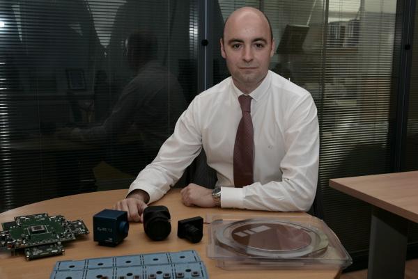 Rafael Romay, director general de AnaFocus, en la sede de la empresa en la Isla de la Cartuja.