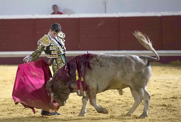 Corrida mixta en Utrera. Curro Durán. / J.M.Paisano