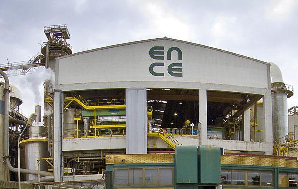 Instalaciones de la planta de celulosa de Ence en la provincia de Huelva. / Julián Pérez (EFE)