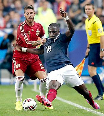 Imagen del partido Francia - España en el estadio de Saint Denis (París). Perdieron los de Del Bosque 1-0. / EFE