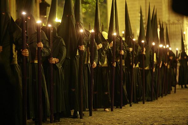 Los primitivos nazarenos de Sevilla fueron los primeros en defender la creancia en la Inmaculada Concepción de María. / José Manuel Cabello