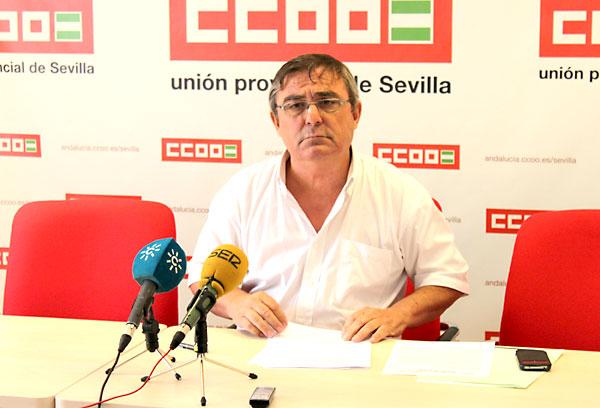 El secretario de CCOO, Alfonso Vidán en una rueda de prensa. / E.P