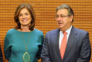 Ana Botella y Juan Ignacio Zoido (en el centro)