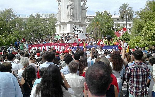 Imagen de la concentración en la Plaza Nueva. / Foto: @providamairena