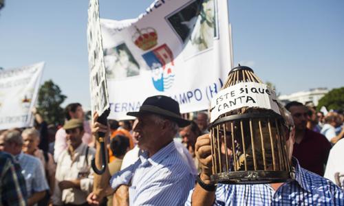 Sevilla, 27/09/2014  Manifestacion de cazadores.  Foto: Carlos Hernandez