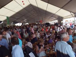 Miles de personas se han congregado este fin de semana en el recinto de Una Pará en Gines.
