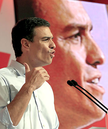 El secretario general del PSOE, Pedro Sánchez, durante su intervención en Bilbao. / EFE