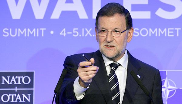 El presidente del Gobierno, Mariano Rajoy, durante la rueda de prensa que ha dado al finalizar la cumbre de la OTAN este viernes. / EFE