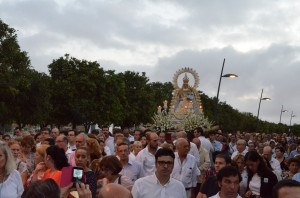 Los utreranos vivieron una salida extraordinaria de la Virgen de Consolación que rememoró la antigua romería. Foto: Salvador Criado