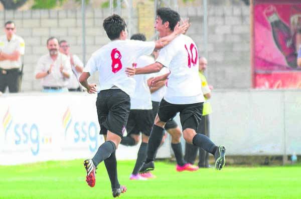 ciudad deportiva Jose Ramón Cisneros Palacios (sevilla) partido