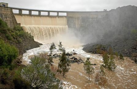 El embalse del Gergal encara el nuevo año hidrológico con sus reservas al 85% de capacidad. / José Manuel Vidal (EFE)