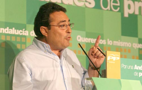 Manuel Alcocer.