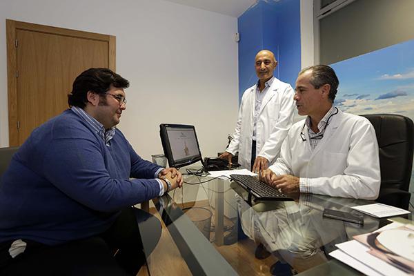 Manuel Garcia, paciente al que se le ha practicado una reduccion de estomago. / José Luis Montero