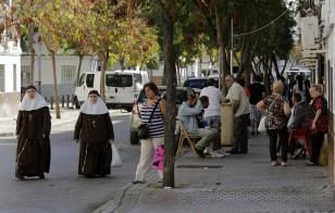Torreblanca es el barrio donde más ha aumentado el desempleo en estos últimos años a consecuencia de la crisis económica y la paralización de la construcción. / José Luis Montero