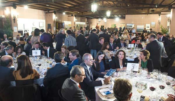 Vista general de asistentes a la cena de gala en la que se entregaron los premios de la Fundación Morera & Vallejo. / Fotos: CArlos Hernández