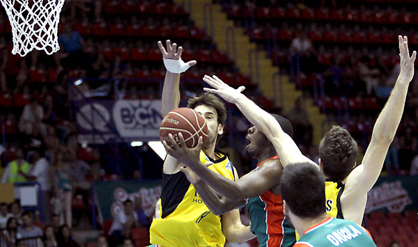 Baloncesto Sevilla - Iberostar Tenerife. / Foto: EFE