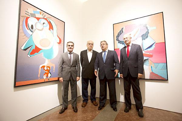 Exposición 'Las Cabezas' de Luis Gordillo en el Alcázar. / Pepo Herrera