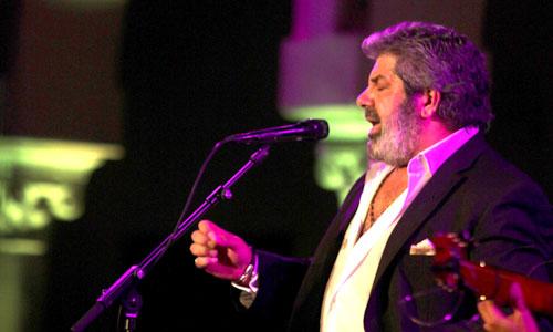 El cantaor Guadiana, en un momento de su actuación. / Foto: Antonio Acedo