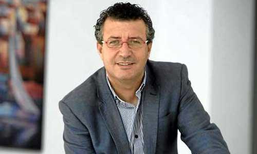 El alcalde de La Rinconada, Javier Fernández, se presentará a la reelección por el PSOE en mayo de 2015. / J.M. Paisano