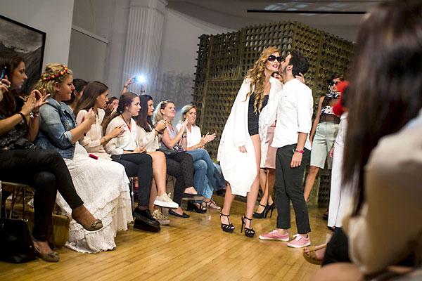 La Fundación Valentín de Madariaga deleitó a los presentes con un desfile de modelos y arte contemporáneo. / Reportaje gráfico: Pepo Herrera y Carlos Hernández