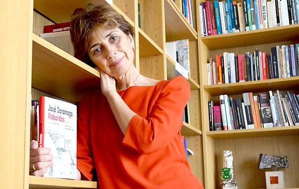 La periodista Pilar del Río, viuda de Saramago y traductora de sus libros, ayer en Sevilla. / Jesús Barrera