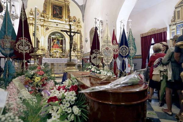 Capilla ardiente de Juan Martínez Alcalde. / José Luis Montero