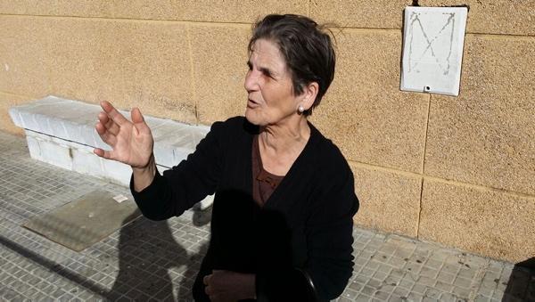 Francisca Pérez tiene en casa un hijo dependiente severo para el que lleva dos años esperando una residencia