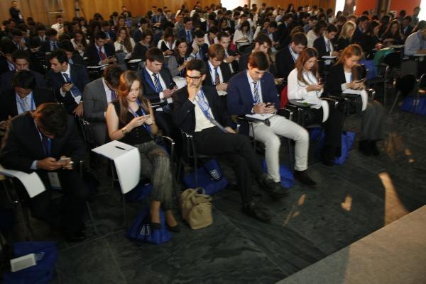 Sesión de jóvenes sobre Talento. / EL CORREO