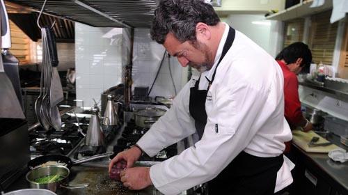En las cocinas del restaurante sevillano Tribeca.