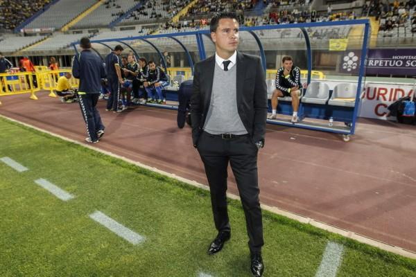 Sergio Lobera, en su etapa de entrenador de Las Palmas. Foto: EFE.