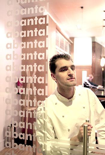 Julio Fernández, chef de Abantal. / Paco Cazalla