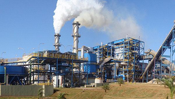 Planta de biomasa de Abengoa en Brasil. / El Correo