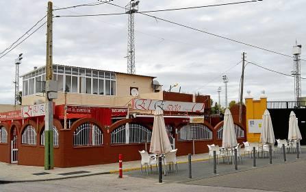 El bar Espeto de Málaga, que de la noche a la mañana se ha descubierto que es un inmuebles público. / S.C.